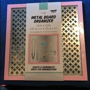 Metal organizer board NWT